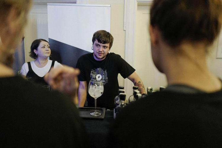 Mirka Divoká | darkroomvisitor | darkroomvisitor.cz | Little Urban Distillery | Prague Bar Show